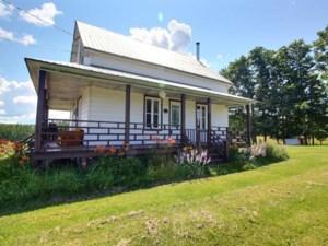 27551360 - Maison à étages à vendre
