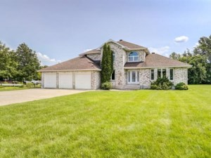 18452675 - Maison à étages à vendre