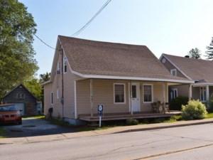 26390249 - Maison à 1 étage et demi à vendre