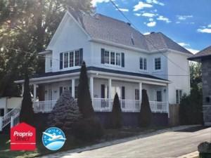 28240837 - Maison à étages à vendre