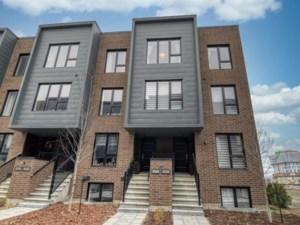 22648455 - Maison à étages à vendre