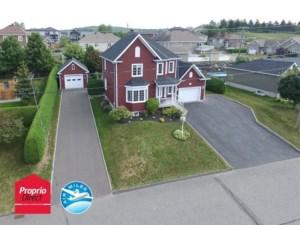 13833094 - Maison à étages à vendre