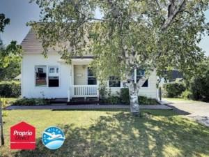 23764815 - Maison à étages à vendre