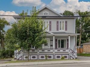 11725708 - Maison à étages à vendre