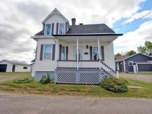 21276507 - Maison à 1 étage et demi à vendre