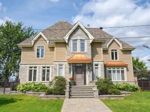 17261359 - Maison à étages à vendre