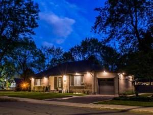20183211 - Maison à étages à vendre