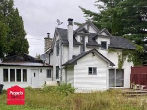 28548082 - Maison à étages à vendre