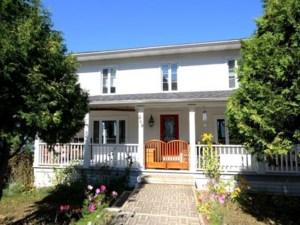 22366621 - Maison à étages à vendre