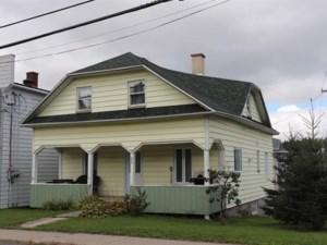 19977829 - Maison à étages à vendre