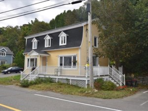 22426258 - Maison à étages à vendre