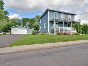 21136296 - Maison à étages à vendre