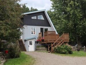 25322639 - Maison à étages à vendre