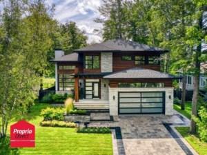 13718128 - Maison à étages à vendre