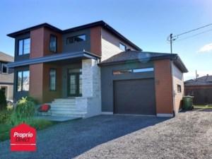 11490786 - Maison à étages à vendre