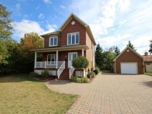10239170 - Maison à étages à vendre