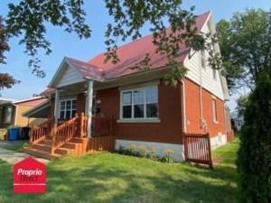 10188711 - Maison à étages à vendre