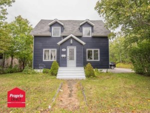 28905921 - Maison à étages à vendre
