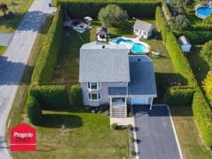 11051737 - Maison à étages à vendre