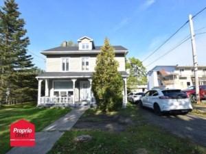 15968565 - Maison à étages à vendre