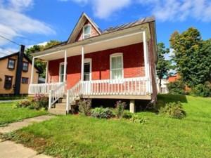 22816774 - Maison à étages à vendre