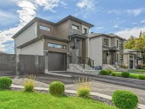 21095915 - Maison à étages à vendre
