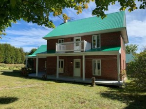 28712135 - Maison à étages à vendre