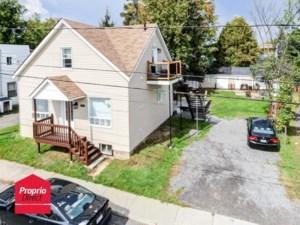 18709312 - Maison à étages à vendre