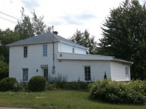 22799712 - Maison à étages à vendre