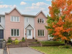 14438881 - Maison à étages à vendre