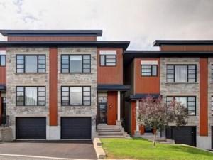 27770052 - Maison à étages à vendre