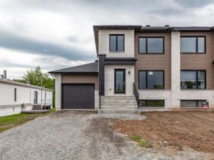 24826325 - Cottage-jumelé à vendre