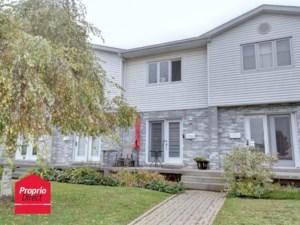 10105446 - Maison à étages à vendre