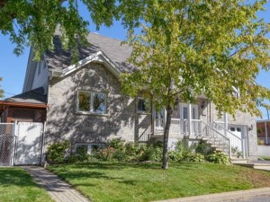 27187535 - Maison à étages à vendre