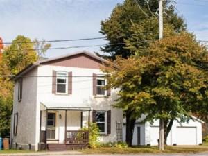 13501373 - Maison à étages à vendre