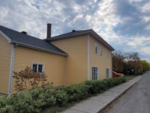 25609452 - Maison à étages à vendre