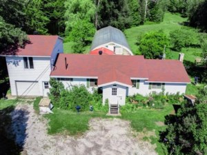 18547278 - Maison à étages à vendre