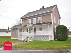 25609247 - Maison à étages à vendre