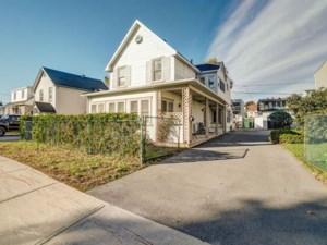13879219 - Maison à étages à vendre