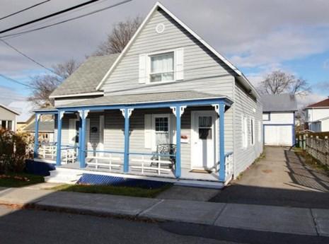 25337028 - Maison à 1 étage et demi à vendre