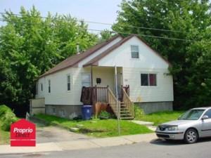 9533797 - Terrain vacant à vendre